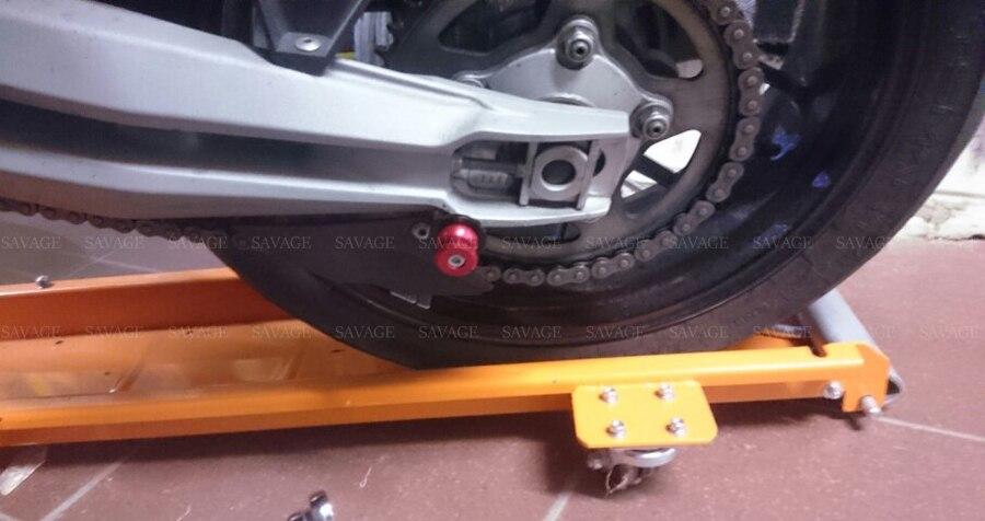 Universal-6mm-8mm-10mm-Swingarm-Spools-For-HONDA-KAWASAKI-SUZUKI-KTM-YAMAHA-Motorcycle-Accessories-CNC-Slider-5